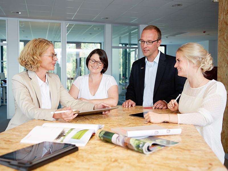 Jeder Beschäftigte ist ein Teil des Ganzen und trägt zu einem guten Arbeitsklima und zum Erfolg bei. Foto: © Markilux