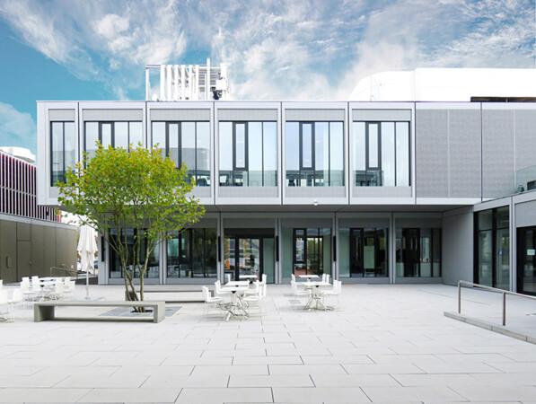 Modulares Innovationszentrum für das Wissenschafts- und Technologieunternehmen Merck. Architekten: HENN Foto: © ADK Modulraum GmbH