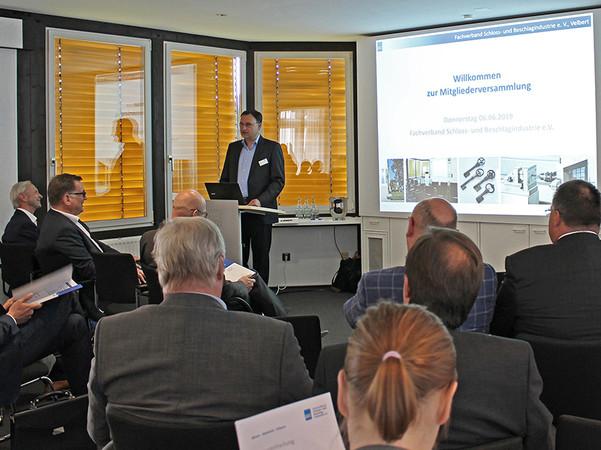 Der FVSB-Vorsitzende Karl Kristian Woelm begrüßte die zahlreichen Gäste zur diesjährigen Jahresmitgliederversammlung. Foto: © FVSB