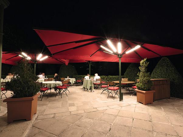 Die dimmbaren LEDs lassen ein angenehmes Lichtambiente entstehen. Foto: © Caravita