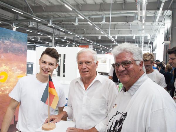 Stuckateur Tobias Schmider (links) Foto: © ZDB/Jonas Reidel