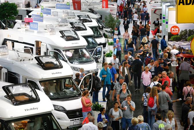 Beliebt: Kastenwagen auf dem CARAVAN SALON Foto: © Messe Düsseldorf/ctillmann