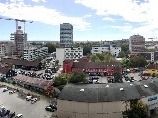 Der Blick über München: Jede Menge Platz für moder-ne Architektur mit dem modernen Werk- und Wertstoff Aluminium. Foto: © A|U|F