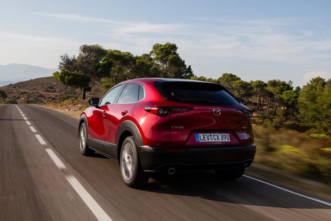 Der neue CX-30, Heckansicht Foto: © Mazda