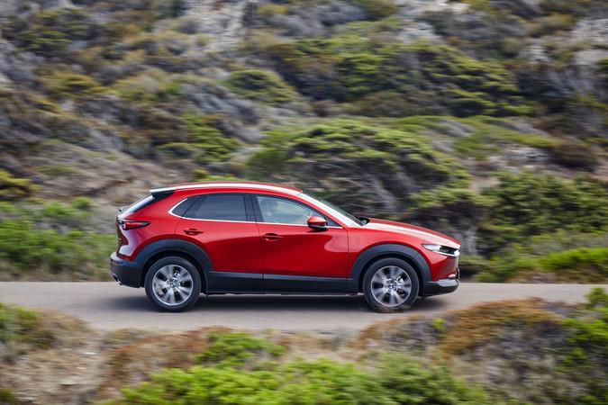 Gefällige Optik: der neue CX-30 Foto: © Mazda