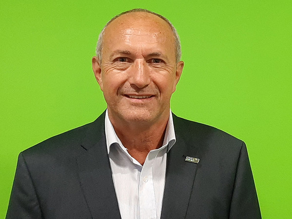 Rolf Däubel ist seit dem 1. Juli neuer Leiter des Gesamtvertriebs bei Kneer-Südfenster. Foto: © Kneer-Südfenster