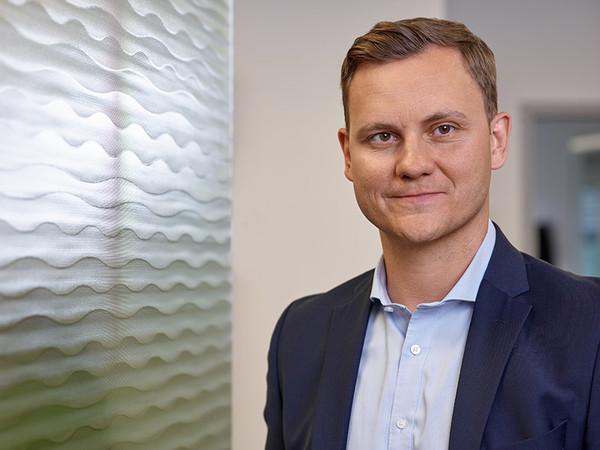 Christian Bako, Geschäftsführer bei Glassolutions . Foto: © Olaf Rohl/Saint-Gobain Glassolutions
