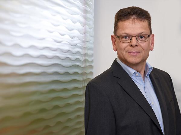 Clemens Schopp, Niederlassungsleiter Freiburg. Foto: © Olaf Rohl/Saint-Gobain Glassolutions