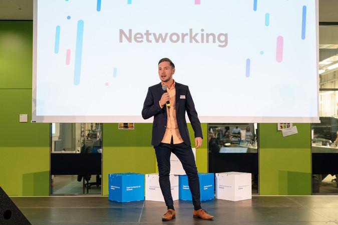 Marc Siebert ist Digitalisierungsberater der Handwerkskammer Rheinhessen. Er berät die Betriebe zu verschiedenen Themen rund um die Digitalisierung, darunter auch zur Präsenz in den sozialen Netzwerken wie Facebook und Instagram Foto: © Facebook Inc.