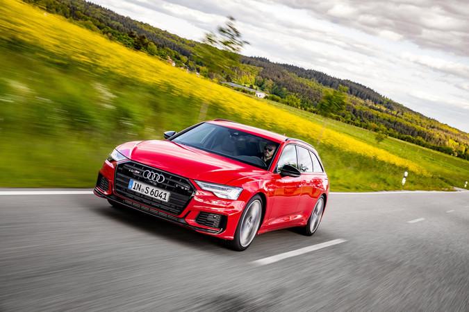 Die Kraft des V6-TDI wird über eine flink agierende Achtstufen-Automatik übertragen. Foto: © Audi
