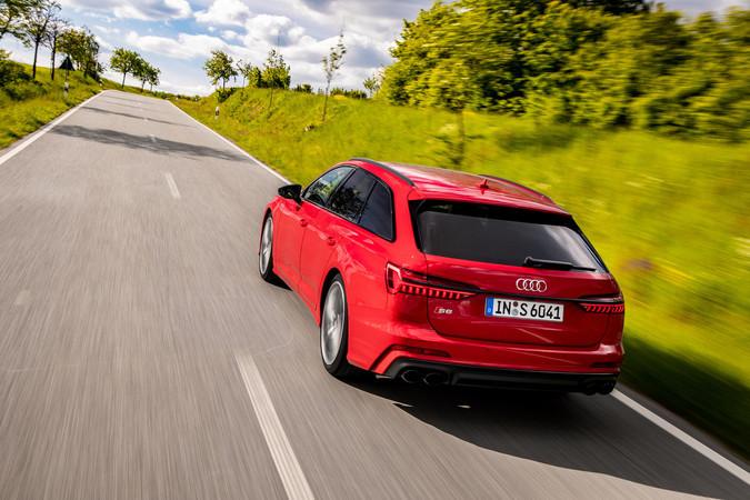 Der Audi S6 Avant verfügt über den gleichen Dreilliter-V6-TDI wie im SQ5, hat aber mit 349 PS etwas mehr Leistung. Foto: © Audi