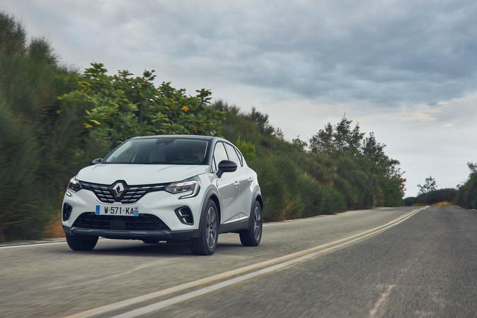 Zum Markstart des neuen Renault Captur im Januar 2020 können die Käufer zwischen drei Diesel- und einer Benziner-Variante wählen. Foto: © Renault