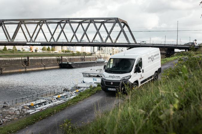 Auf der Profi-Tour-de-Ruhr mit dem Fiat Ducato im Duisburger Hafen Foto: © Lukas Grabowsky