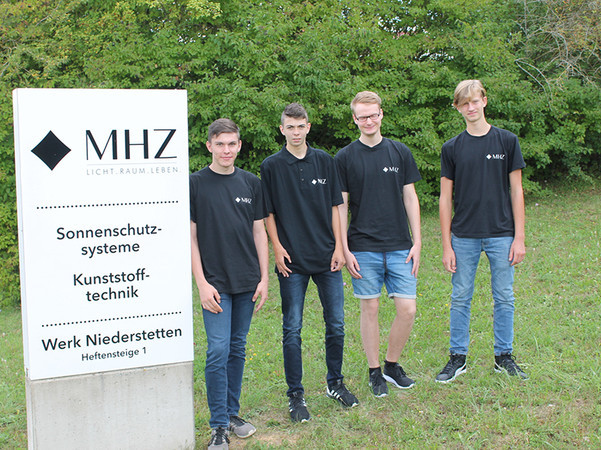 Am Standort Niederstetten freuen sich vier neue Auszubildende auf drei spannende Jahre. Foto: © MHZ