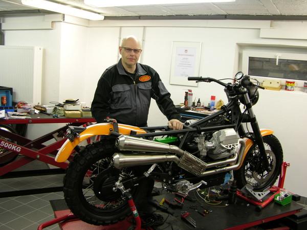 2014 entwickelte Jens Koch mit der Moto Guzzi Scrambler 1100 sein erstes eigenes Modell. Foto: © Doc Jensen/Jens Koch