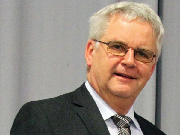 Nach 27 Jahren in der Alfred Bohn Gruppe verabschiedet sich Dr. Gerd Schwöbel in den Ruhestand. Foto: © Alfred Bohn Gruppe