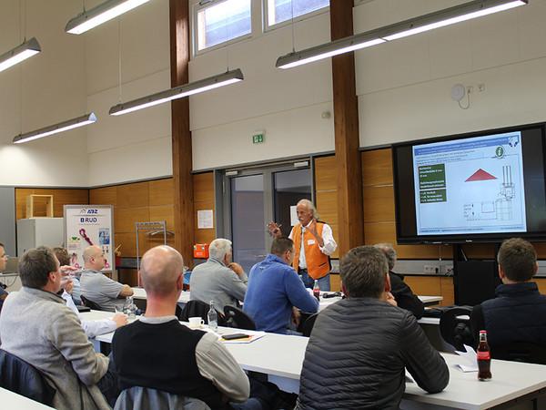 In den Vorträgen und Workshops wurde eine hohe Bandbreite an Themen aus der Branche behandelt. Foto: © Fachverband Leben Raum Gestaltung