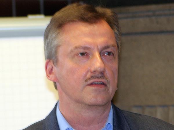 Vorstandsmitglied Michael Schulze kritisierte die aus seiner Sicht vom Landesinnungsverband Baden-Württemberg initiierte Negativ-Berichterstattung über den Bundesinnungsverband. Foto: © Vössing