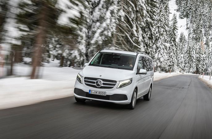 Die Topmotorisierung 300d verfügt über reichlich Kraft und hat ordentliche Leistungsreserven. Foto: © Mercedes