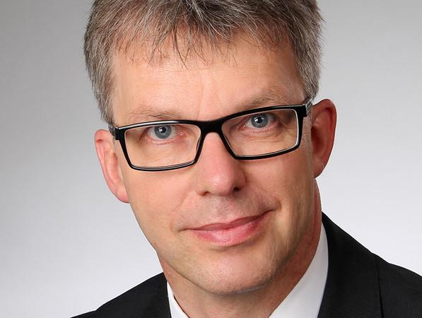 Prof. Jörn P. Lass hat ab dem 1. Januar 2020 die Institutsleitung des ift Rosenheim übernommen. Foto: © ift Rosenheim