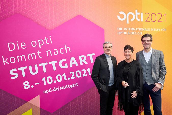 v.r.: Stefan Lohnert (Messe Stuttgart), Bettina Reiter (Projektleiterin opti) und Dieter Dohr (Vorsitzender der GHM-Geschäftsführung). Foto: © GHM