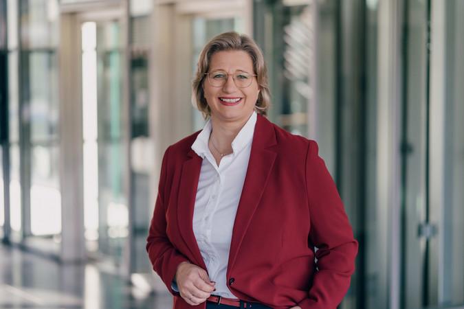Die saarländische Wirtschafts- und Arbeitsministerin Anke Rehlinger (SPD) möchte im Rahmen des Zukunftsbündnis dafür sorgen, dass sich die Corona-Krise zu einer Ausbildungskrise auswächst. Foto: © Fionn Gross
