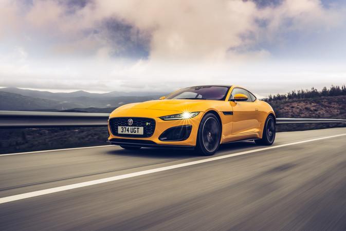 Die neue Front verleiht dem Briten mehr Dynamik. Foto: © Jaguar