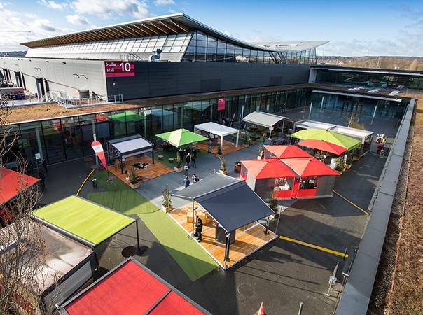 Es bestand großes Interesse an den Produkten der ausstellenden Outdoor-Living-Branchengrößen. Foto: © Messe Stuttgart