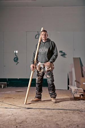 Der Dickies Klassiker: Die GDT PREMIUM, hier in der neuen Farbvariante Camouflage/Schwarz Foto: © Dickies Workwear