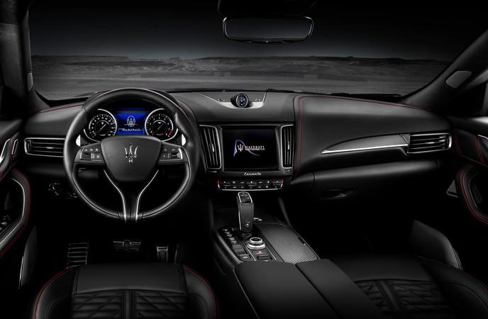 Der Preis für den Maserati Levante Trofeo fängt bei 155.000 Euro an. Dafür bekommt der Käufer aber eine luxuriöse Ausstattung. Foto: © Maserati