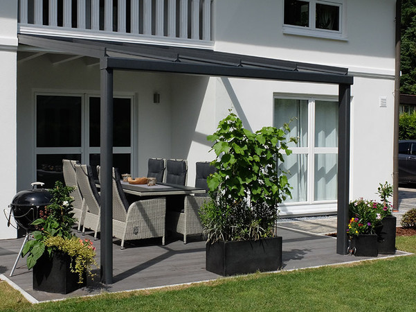 Dieses Modell vereint die Eleganz und Transparenz der Glasüberdachung mit einer besonders festen Konstruktion. Foto: © Joka-System