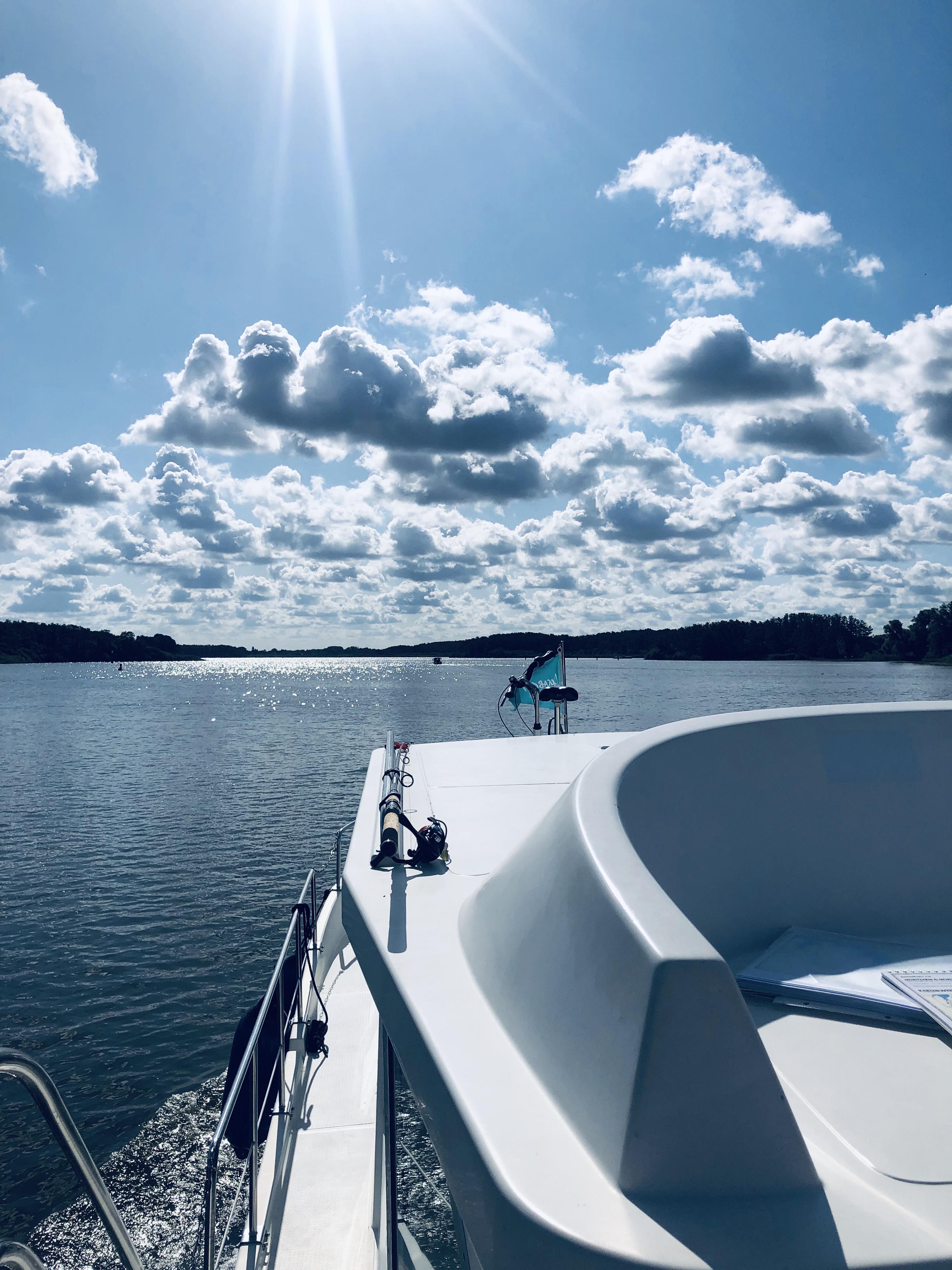 Die Mecklenburgische Seenplatte bietet einzigartige Naturschauspiele. Foto: © DHB