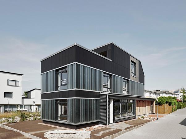 Projekt: Recyclinghaus Hannover. Architektur: Dipl. Ing. Architekt Nils Nolting / Cityförster - architecture+urbanism. Foto: © Olaf Mahlstedt