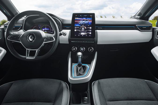 Auf dem Touchscreen kann der Fahrer den Kräfteverlauf verfolgen. Foto: © Renault