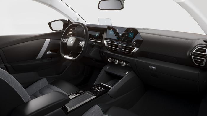 Anstelle von Schaltern gibt es im Innenraum einen rahmenlosen Touchscreen.n Foto: © Citroen