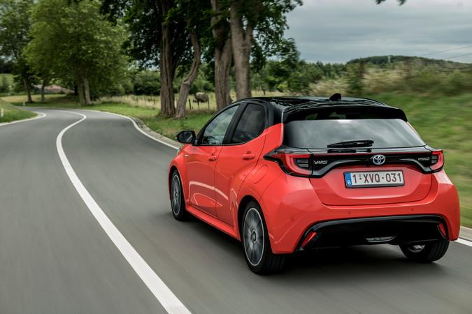 Der Yaris Hybrid erweist sich als komfortabel und überaus genügsam. Foto: © Toyota