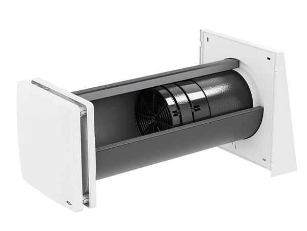 Im Vergleich zu den freien Lüftungssystemen, sind ventilatorgestützte Systeme wesentlich kontrollierter und besser planbar. Das bedeutet mehr Komfort für den Bewohner und auch mehr Sicherheit für den Werterhalt seines Hauses, erklärt Lüftungsexperte Martin Reich. Foto: © inVENTer GmbH, Löberschütz