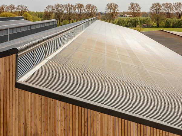 Der Name Eternit fungiert ab 2020 als Marke für das Wellplattensortiments des Unternehmens. Foto: © Etex Germany Exteriors GmbH