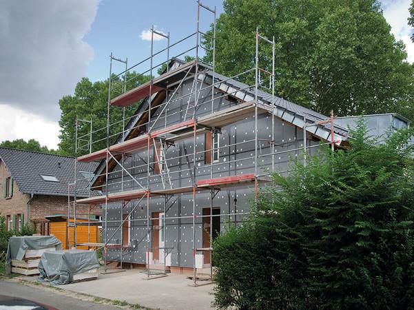 Expandiertes Polystyrol (EPS) ist hierzulande nach wie vor der meistgenutzte Dämmstoff für die Fassade. Foto: © FSDE / BASF