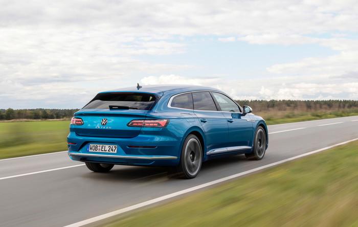 Der neue Arteon Shooting Brake ist kaum teurer als die Limousine. Foto: © VW
