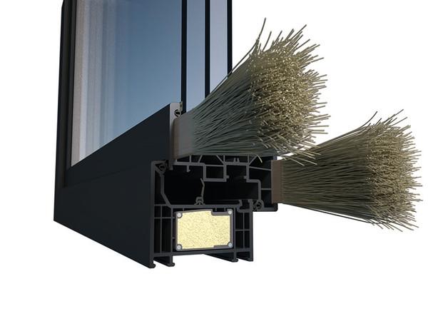 ThermoFibra verstärkt Fensterflügel mit eingebetteten, endlosen Glasfasersträngen, die Fenster und Haustüren enorm stabilisieren und gleichzeitig höchste Wärmedämmwerte ermöglichen. Foto: © Deceuninck Germany