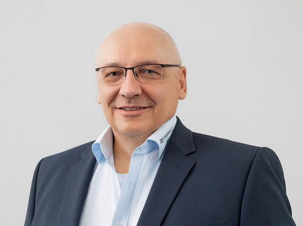 Alexander Kodalle besetzt die Position des Gebietsverkaufsleiters für die Region Nord (Nördliches Niedersachsen, Bremen, Hamburg, Schleswig-Holstein und Mecklenburg-Vorpommern). Foto: © Oknoplast