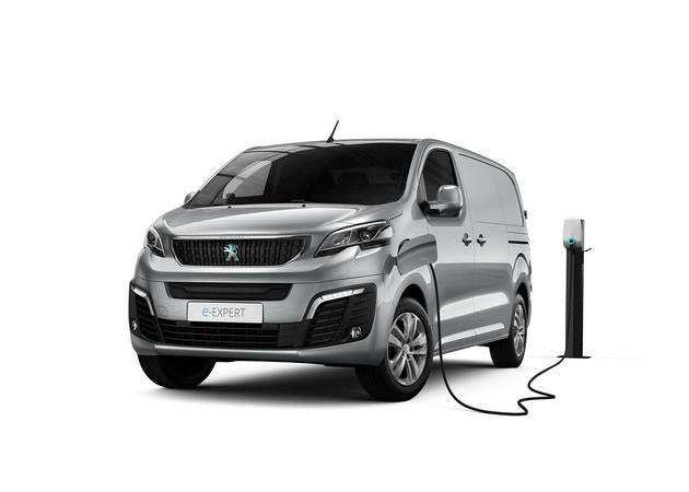 Der Peugeot e-Expert und der Citroën e-Jumpy ist ab sofort bestellbar. Die kurze Version der Stromer kommt erst im Frühjahr 2021.
