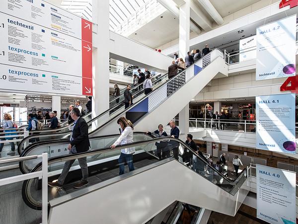Zusätzlich wird eine Vielzahl an Rahmenveranstaltungen, Highlight-Themen und Sonderformaten geboten. Foto: © Messe Frankfurt/Pietro Sutera