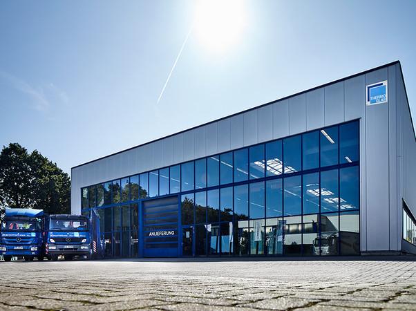Thermoglas verfügt über einen modernen Maschinenpark für die Isolierglasfertigung. Foto: © Thermoglas Niederrhein