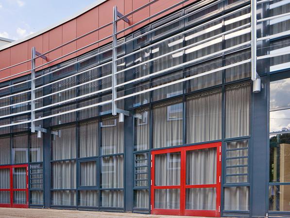 Insbesondere im Bereich der Fassadensysteme sieht German Windows gesteigerten Beratungsbedarf. So ermöglichen etwa Pfosten-Riegel-Konstruktionen maximale Flexibilität, können aber gerade deshalb auch einschüchternd wirken. Foto: © GM German Windows, Südlohn-Oeding