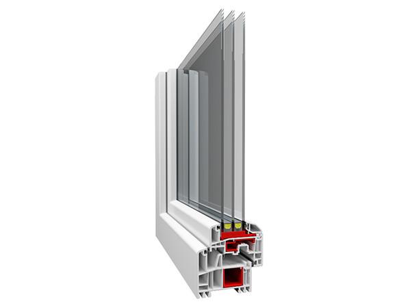 Ausgestattet mit einem 6-fach-Kammersystem zwischen Rahmen und Flügel sowie drei Dichtungsebenen bieten Fenster und Balkontüren der Serie Eltan eine sehr gute Wärmedämmung bereits in der Standardausstattung. Foto: © WnD, Oknoplast Gruppe