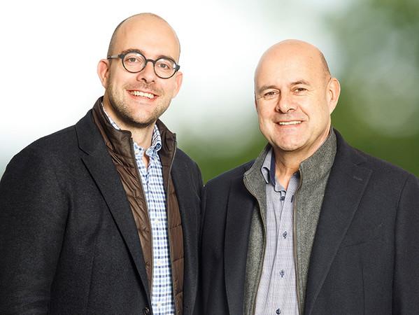 Die beiden geschäftsführenden Gesellschafter der Mursall Group, Daniel (li.) und Peter Mursall, haben die Führungsverantwortung für das Unternehmen auf zwei weitere Schultern verteilt. Foto: © Mursall Group