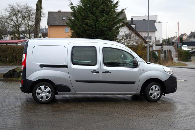 Markiert bei Nissan den Einstieg ins Transporter-Segment: der NV250. Foto: © Martin Bärtges