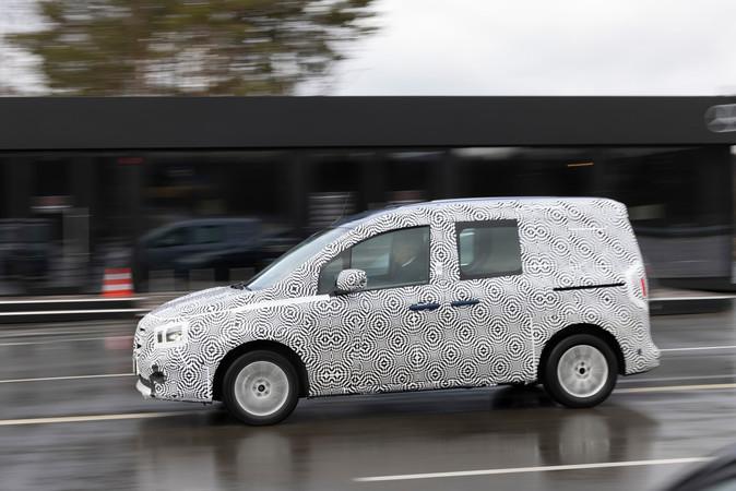 Exklusive Testfahrt bei Mercedes-Benz mit dem neuen Citan noch im Entwicklungsstadium. Foto: © Mercedes-Benz AG
